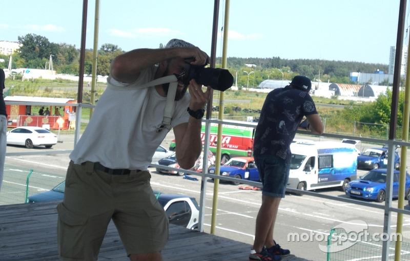 Денис Сергієнко - фотосесія для всіх кільцевиків