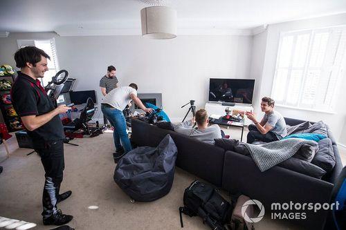Simulador del hogar con Lando Norris