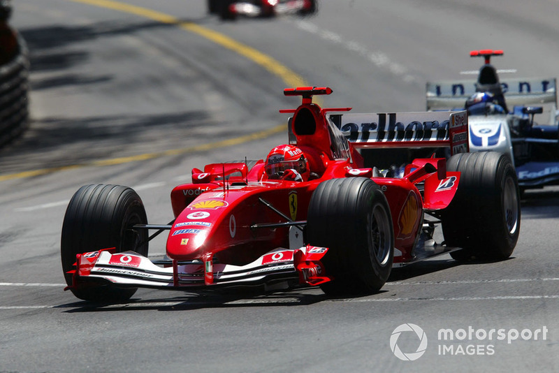 2004: Ferrari - Campeão, 13 vitórias, 148 pontos, 18 GPs