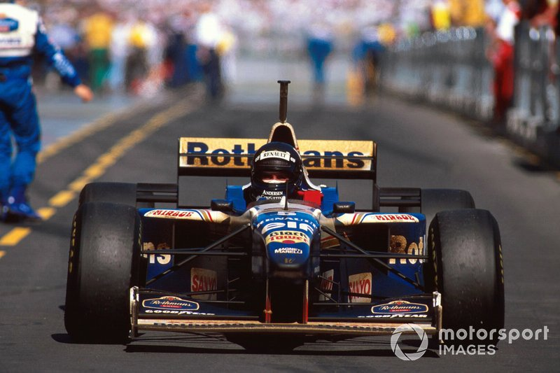 El ganador Damon Hill, Williams FW18 Renault