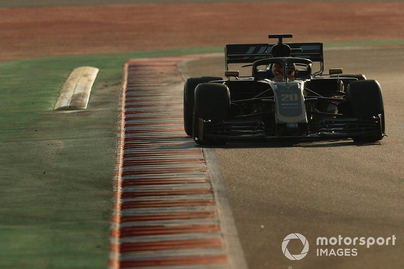 15º Kevin Magnussen, Haas F1 Team VF-19, 1:17.565 (neumáticos C5, día 8)