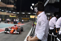Toto Wolff, Mercedes AMG F1 Director of Motorsport watches Sebastian Vettel, Ferrari SF70H