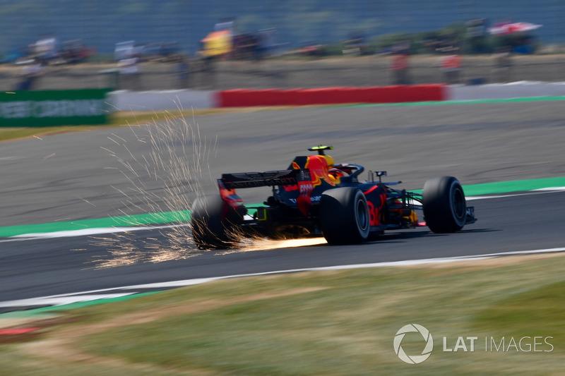 5º Red Bull Racing RB14 (1062 vueltas)