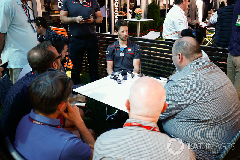 Romain Grosjean, Haas F1 Team, parle aux médias