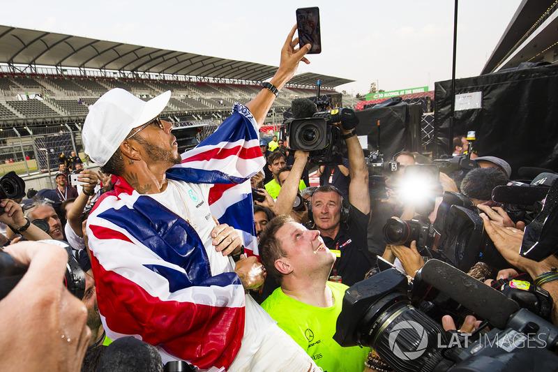 2. 2017 World Champion Lewis Hamilton, Mercedes AMG F1
