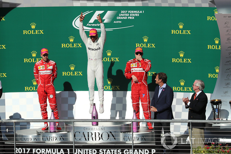 Подиум: победитель Льюис Хэмилтон, Mercedes AMG F1, второе место – Себастьян Феттель, третье место – Кими Райкконен, Ferrari, Усэйн Болт
