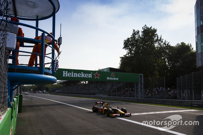 Antonio Giovinazzi, PREMA Racing takes the chequered flag
