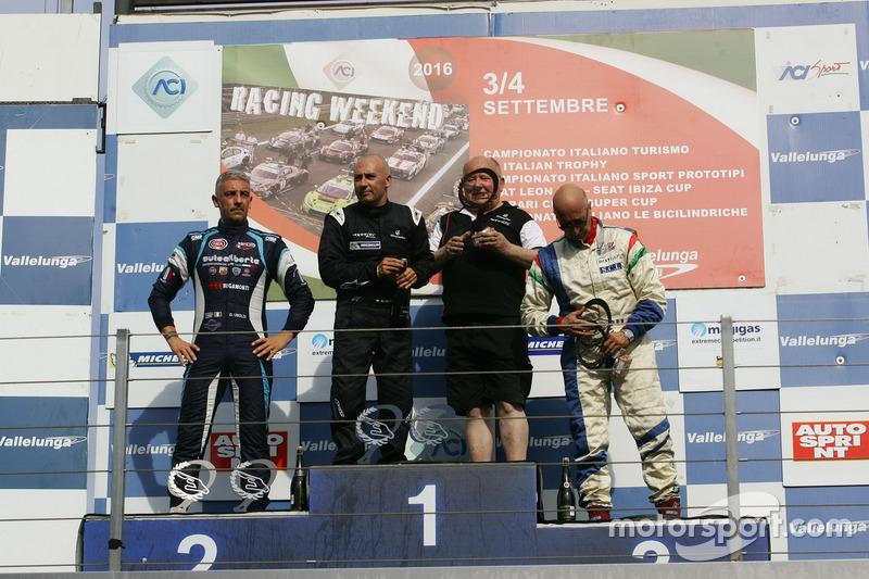 Podio gara 2 Walter Margelli (Nannini Racing, Norma-M20F-CN2 #5), Davide Uboldi (Eurointernational, Ligier JS Evo 2 E CN2 #8), Ranieri Randaccio (SCI Team Norma-CN2 #42)