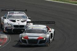 Audi R8LMS-GT3 #58 Audi Sport Italia, Zonzini-Russo e BMW MG GT3 #15 Comandini-Cerqui, BMW Team Italia, in lotta per la posizione