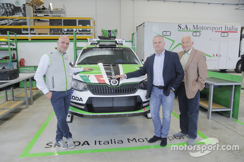 Michal Hrabánek, SKODA Motorsport Team Chief, Pavel Hortek, SKODA Motorsport Team Manager e Riccardo Scandola, SKODA Italia Motorsport – Team Principal