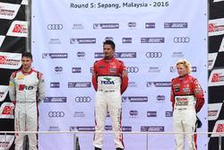Podium: winner Alex Yoong, Audi TEDA Racing Team, second place Edoardo Mortara, Audi Hong Kong, third place Rahel Frey, Castrol Racing Team
