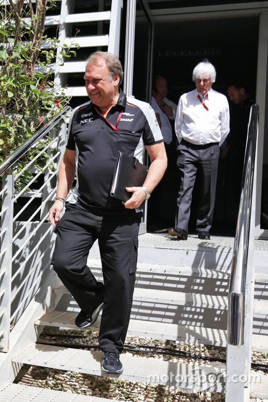 Robert Fernley, Sahara Force India F1 Team afgevaardigd teambaas en Bernie Ecclestone
