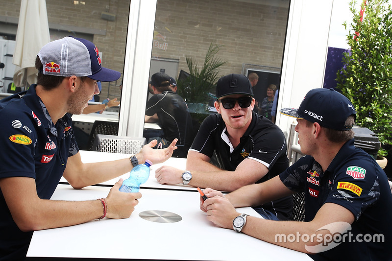 (L to R): Pierre Gasly, Red Bull Racing Third Driver with Conor Daly, and Max Verstappen, Red Bull Racing