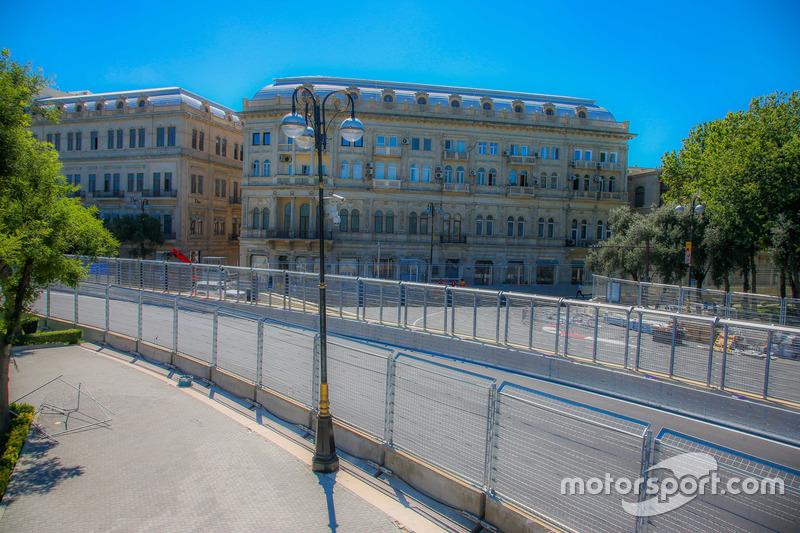 Поворот 7, Баку
