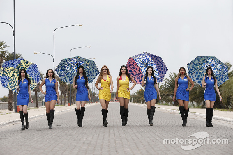 Grid girls WTCC