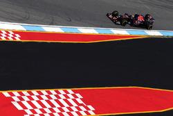 Карлос Сайнс мл, Scuderia Toro Rosso STR11