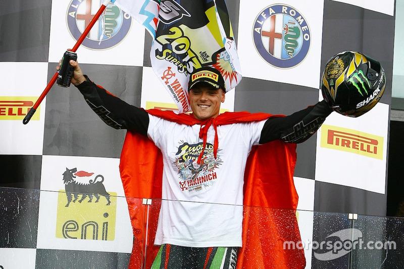 Сэм Лоус - чемпион мирового Суперспорта, 2013