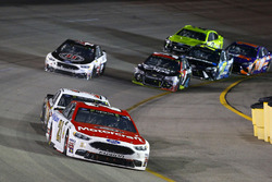 Ryan Blaney, Wood Brothers Racing Ford, Clint Bowyer, Stewart-Haas Racing Ford