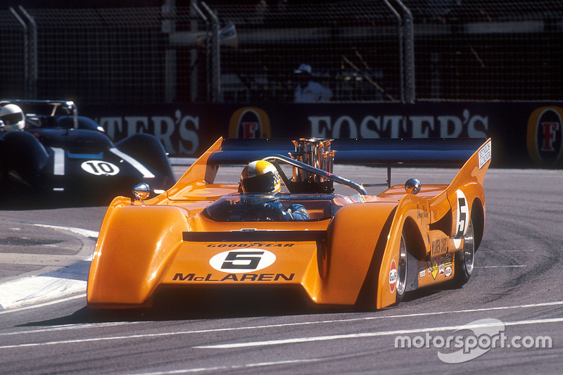 Une McLaren M8F 1971 de Can-Am lors d'une course de support