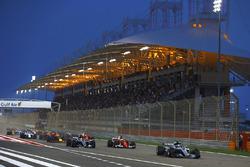 Валттери Боттас, Mercedes AMG F1 W08, Себастьян Феттель, Ferrari SF70H, Льюис Хэмилтон, Mercedes AMG F1 W08