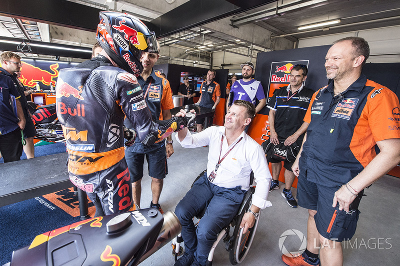 Bradley Smith, Red Bull KTM Factory Racing, Pit Beirer