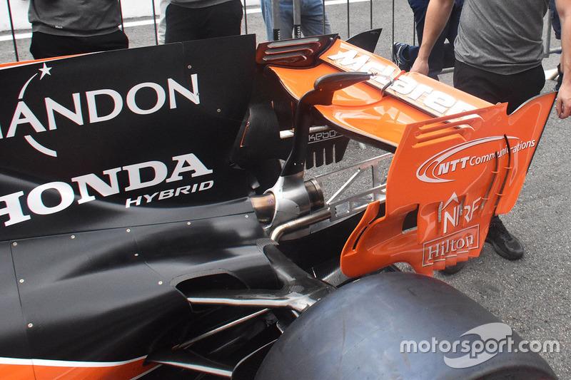 Заднее крыло McLaren MCL32