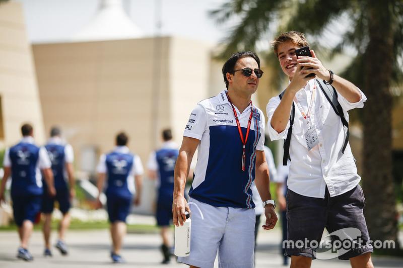 Felipe Massa, Williams with a fan