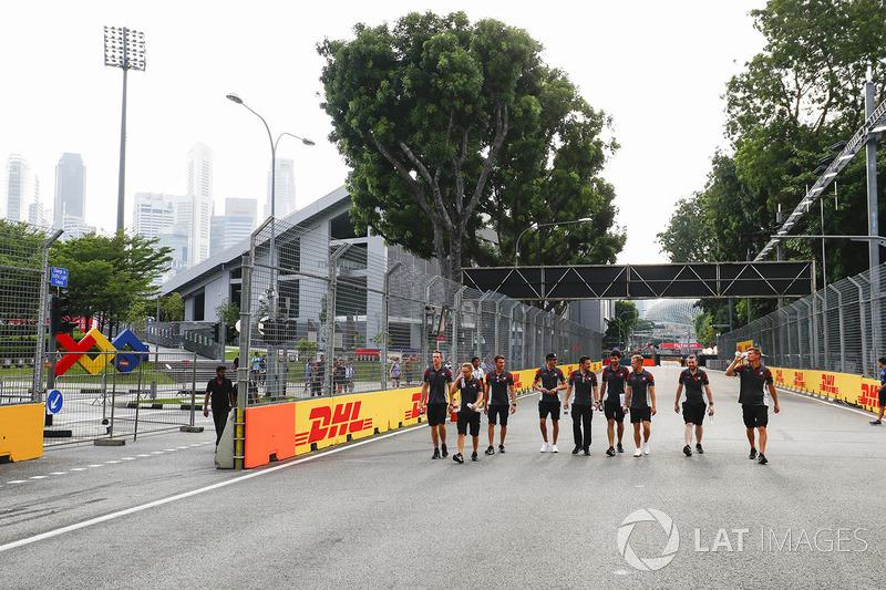 Antonio Giovinazzi, Haas-Testfahrer, Kevin Magnussen, Haas F1 Team