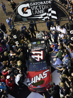 Kurt Busch, Stewart-Haas Racing Ford, pulls into victory lane after winning the Daytona 500
