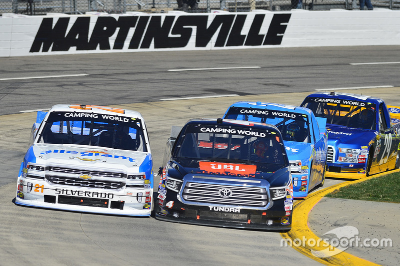 Johnny Sauter, GMS Racing Chevrolet, Christopher Bell, Kyle Busch Motorsports Toyota