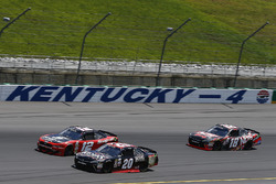 Ryan Blaney, Team Penske Ford, Erik Jones, Joe Gibbs Racing Toyota, Kyle Busch, Joe Gibbs Racing Toyota