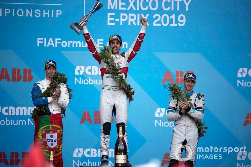 Race winner Lucas Di Grassi, Audi Sport ABT Schaeffler celebrates on the podium with Antonio Felix da Costa, BMW I Andretti Motorsports, 2nd position, Edoardo Mortara, Venturi Formula E, 3rd position,