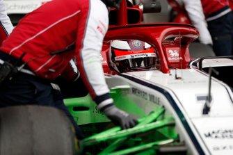 Kimi Raikkonen, Alfa Romeo Racing C38 with aero paint on front suspension