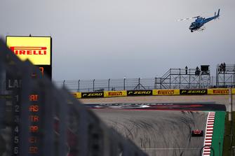 El helicóptero de la TV sobre Kimi Raikkonen, Ferrari SF71H