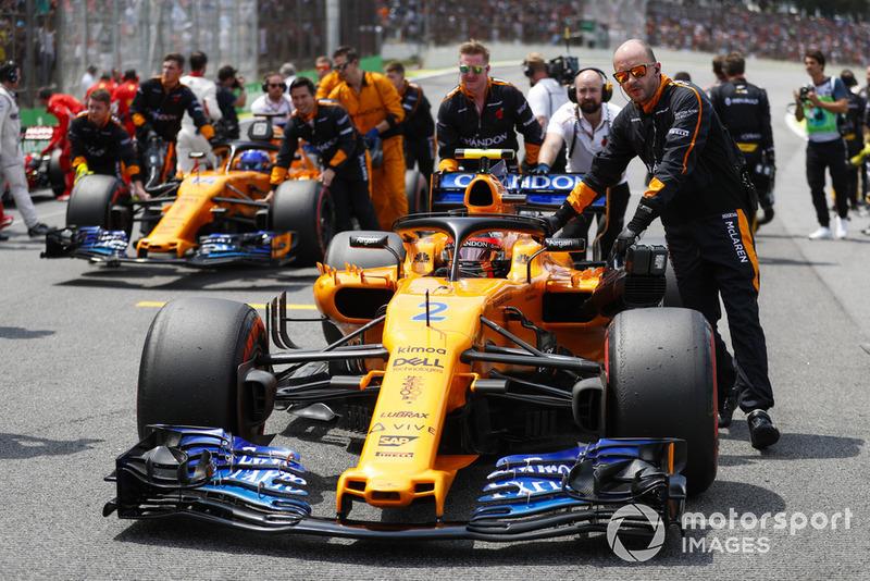 16 місце — Стоффель Вандорн, McLaren — 12