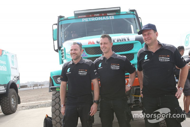 #508 Team De Rooy Iveco: Маурік ван ден Гьовель, Мартен ван Рой, Петер Кьойперс