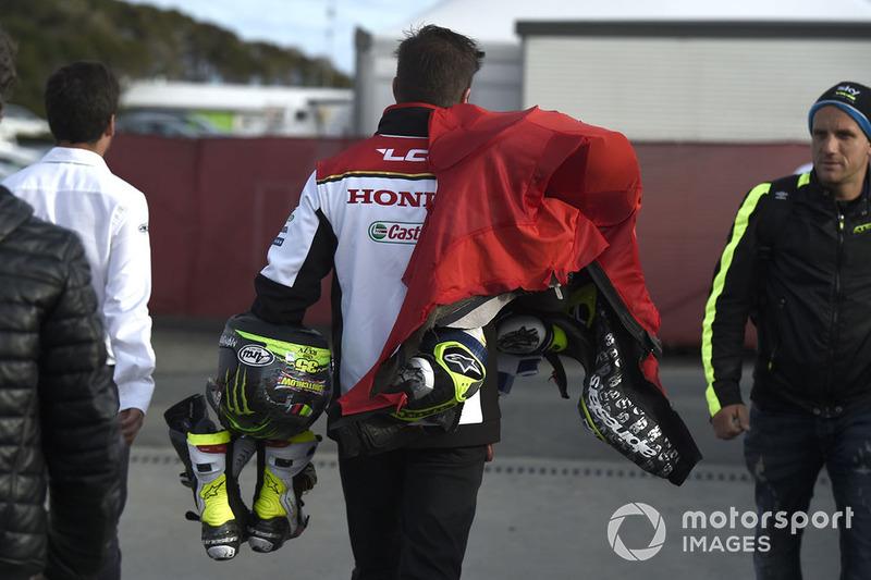 Захист Кела Кратчлоу, Team LCR Honda, пошкоджений в аварії