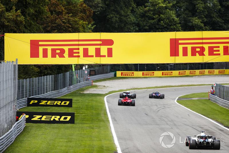Pierre Gasly, Toro Rosso STR13, Sergey Sirotkin, Williams FW41, Sebastian Vettel, Ferrari SF71H, Lance Stroll, Williams FW41