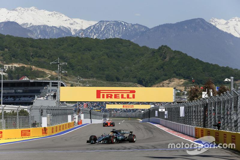 Lewis Hamilton, Mercedes F1 W08 Hybrid