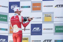 Çaylak Podyum: Mick Schumacher, Prema Powerteam, Dallara F317 - Mercedes-Benz