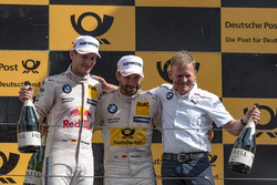 Podium: second place Marco Wittmann, BMW Team RMG, BMW M4 DTM, Stefan Reinhold, head of BMW Team RMG, winner Timo Glock, BMW Team RMG, BMW M4 DTM