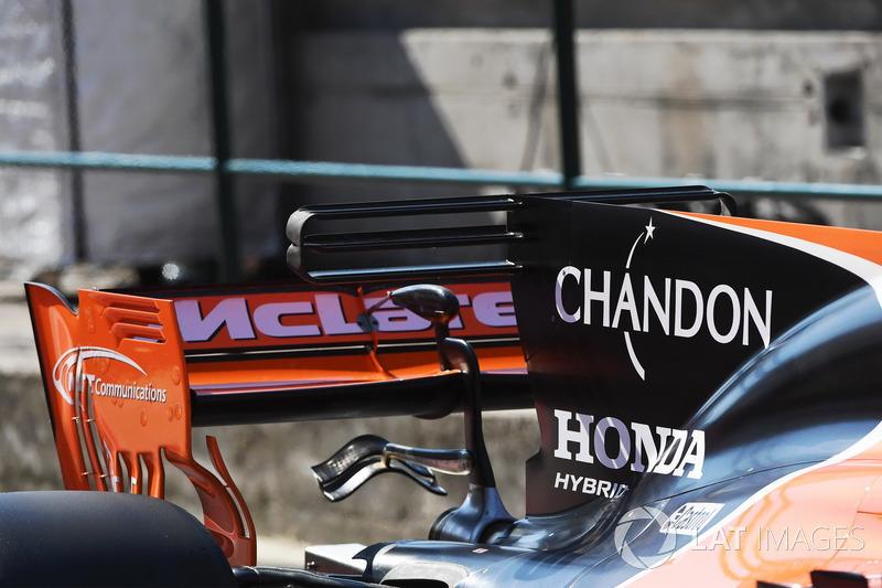 L'aileron arrière de la McLaren MCL32