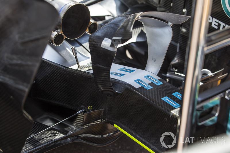 «Сиденье для обезьянки» Mercedes F1 W08