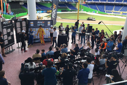The draw for the group stages with Helio Castroneves, Tony Kanaan and Ryan Hunter-Reay