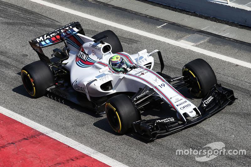 #8: Williams FW40