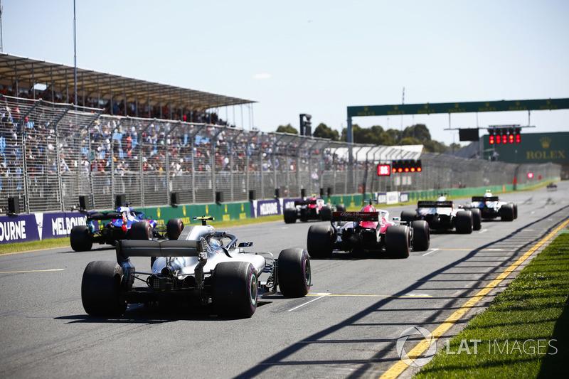 Sergey Sirotkin, Williams FW41 Mercedes, Charles Leclerc, Sauber C37 Ferrari, Romain Grosjean, Haas