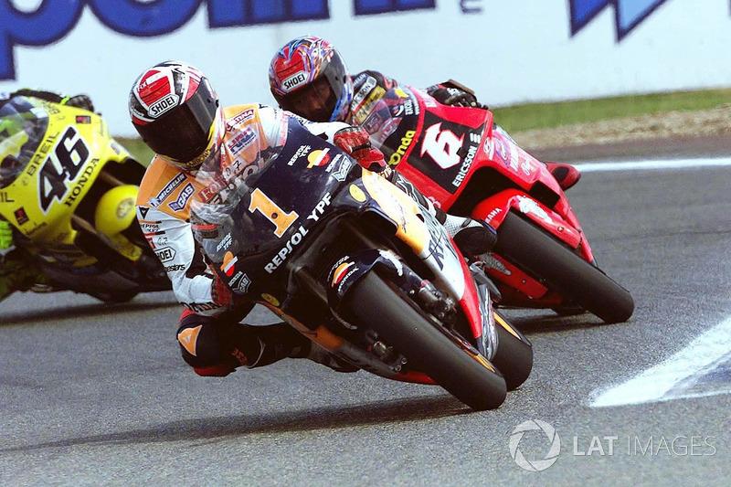 "<img class=""ms-flag-img ms-flag-img_s1"" title=""Spain"" src=""https://cdn-9.motorsport.com/static/img/cf/es-3.svg"" alt=""Spain"" width=""32"" /> Алекс Крівіль, Honda"