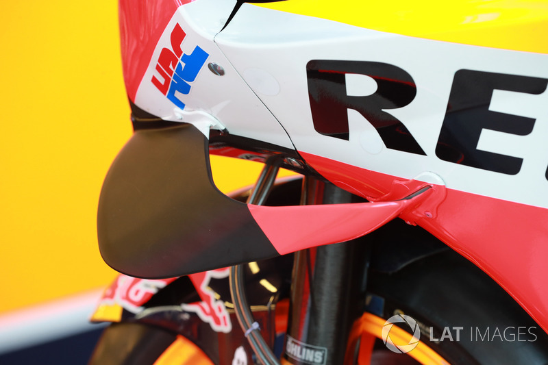 Detail fairing motor Repsol Honda Team