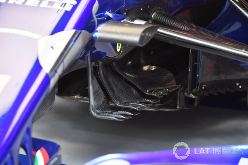 Scuderia Toro Rosso STR13 aero detail