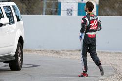 Romain Grosjean, Haas F1 Team returns back to the pits